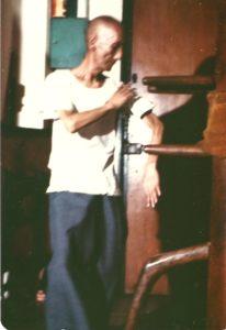 ip-man-wooden-dummy-bong-1972